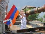 По случаю Дня Победы, Армии обороны НКР и 21-ой годовщины освобождения Шуши Президент Бако Саакян подписал ряд указов о награждении.