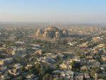Ирак просит иностранные компании не покупать контрабандную нефть из Иракского Курдистана