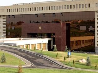 Обвинения азербайджанской стороны считают в Министерстве обороны Армении ложью