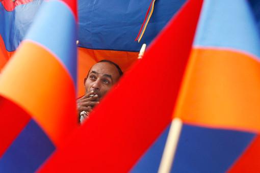 Сын известного диссидента задержан полицией в Ереване во время акции протеста