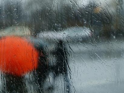 Ливень в Баку, дороги перекрыты