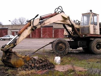 В Армении скончался на месте молодой человек, задетый ковшом трактора