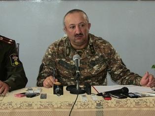 По словам министра обороны Нагорного Карабаха Карабахская армия , а также само государство не нуждаются в помощи миротворцев