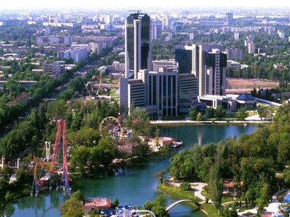 Узбеки за границу смогут выехать, только имея биометрический паспорт