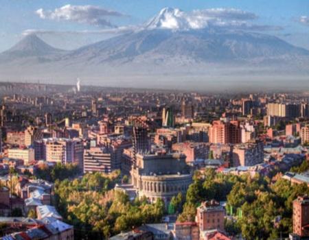 В Ереване проходит выставка работ Бруно Бруни
