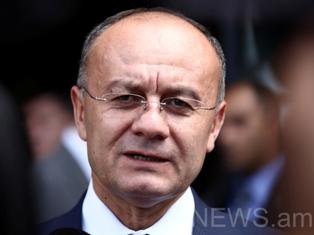 Сейран Оганяян, министр обороны Армении с рабочим визитом отбыл в столицу РФ