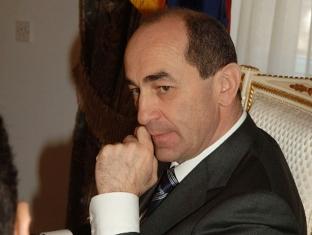 Второй президент Армении и его офис утверждают, что с парламентской четверкой ничего общего не имеют